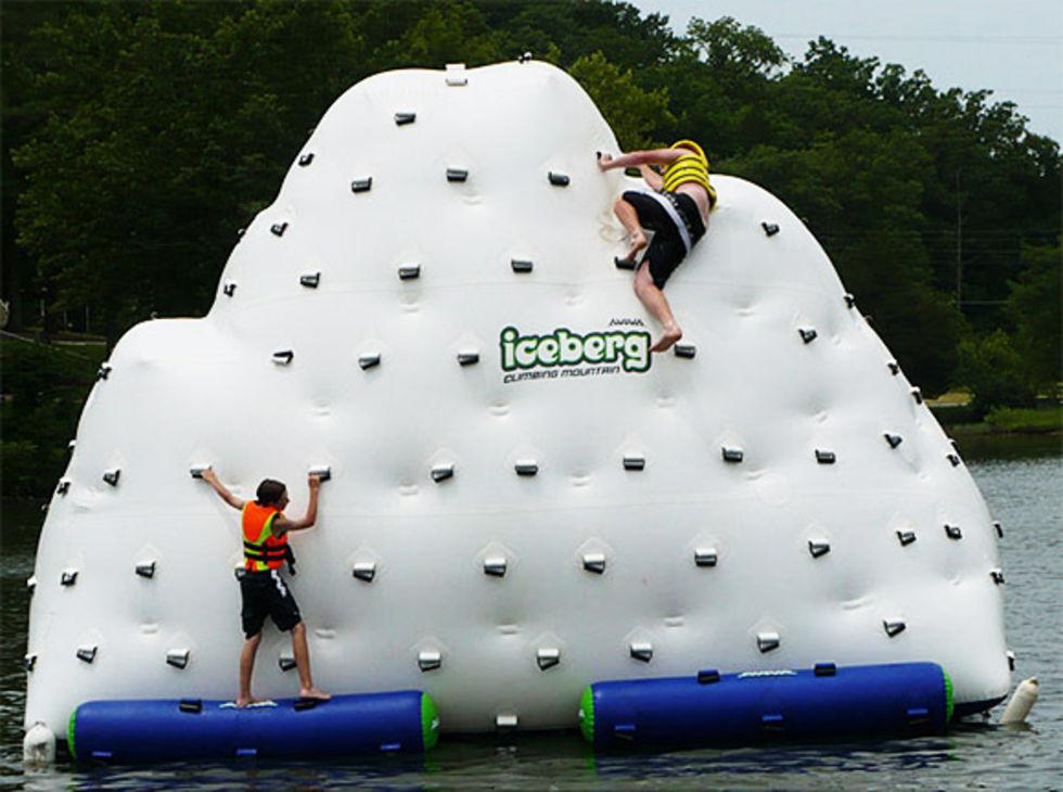 Fixa ett isberg i poolen