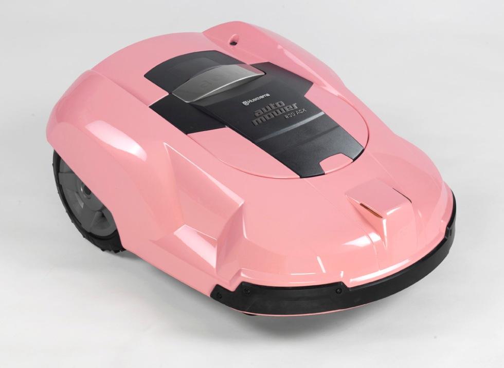 En rosa gräsklippar-robot