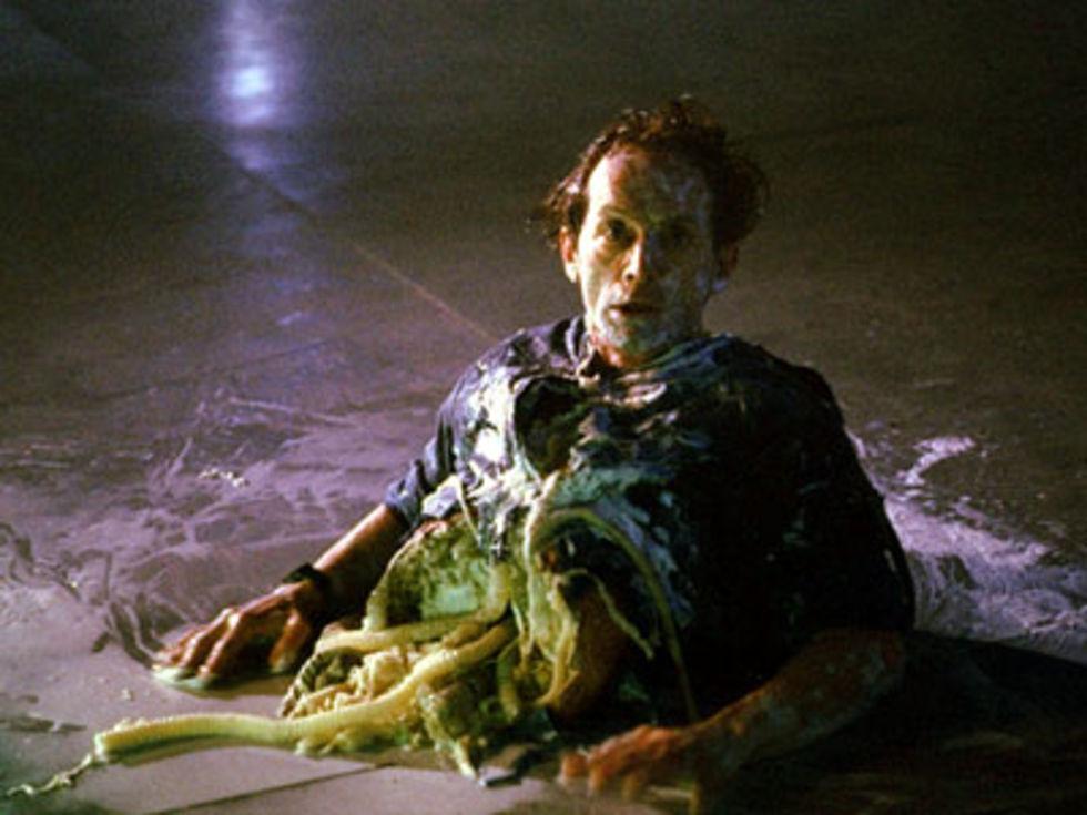 Lance Henriksen i Aliens vs Predator