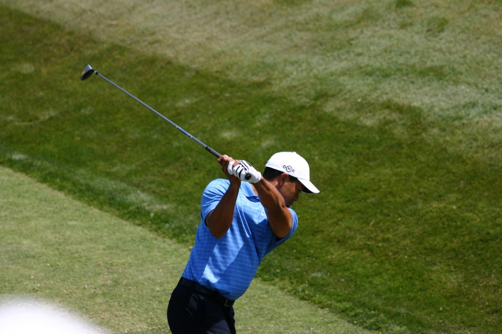 Youtube sänder Tiger Woods presskonferens live