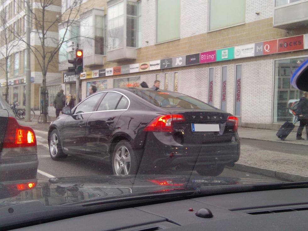 Nya S60 fångad i trafiken