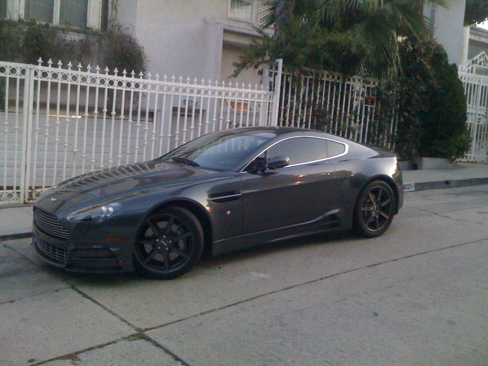 Mansorykittad Aston Martin i Hollywood Hills