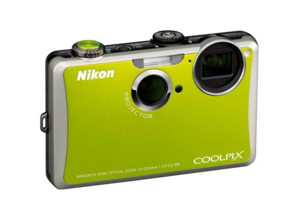 Nikon fortsätter med inbyggd projektor