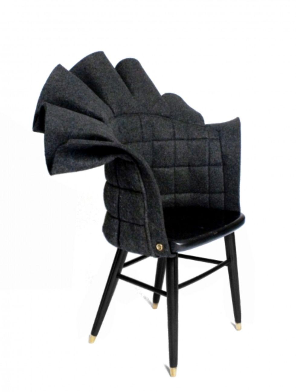 Gamla stolar får nya kläder
