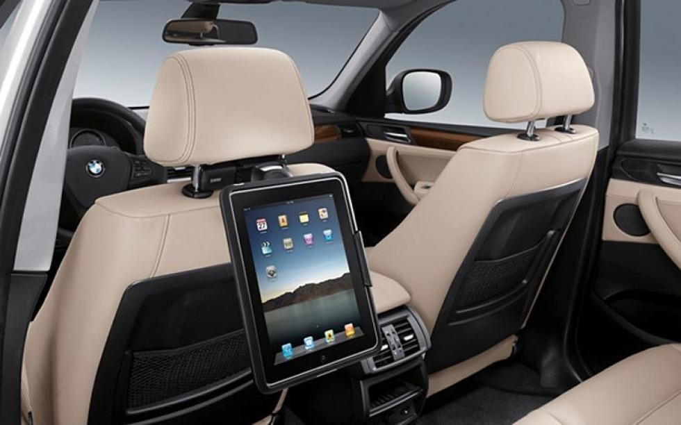 BMW börjar med iPad-hållare