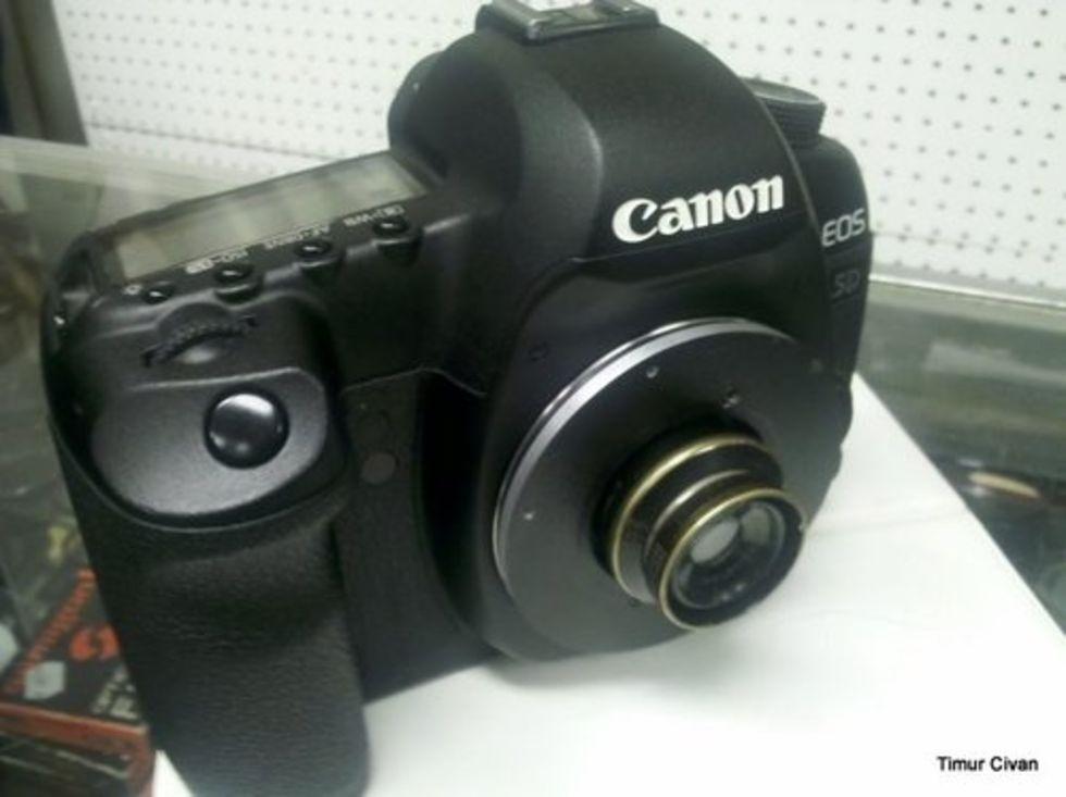 Modern kamera, apgammalt objektiv