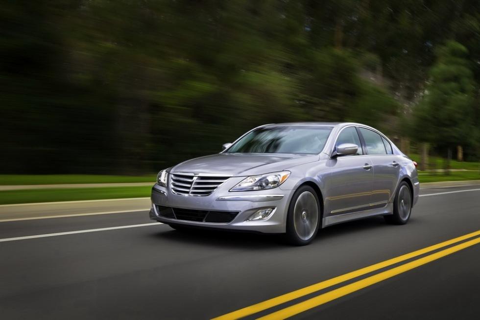 Hyundai visar faceliftad Genesis i Chicago