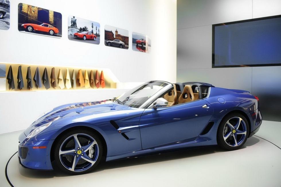 Special-Ferrarin Superamerica 45 är klar