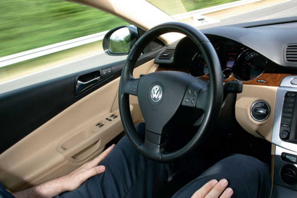 Volkswagen låter dig släppa ratten när du kör