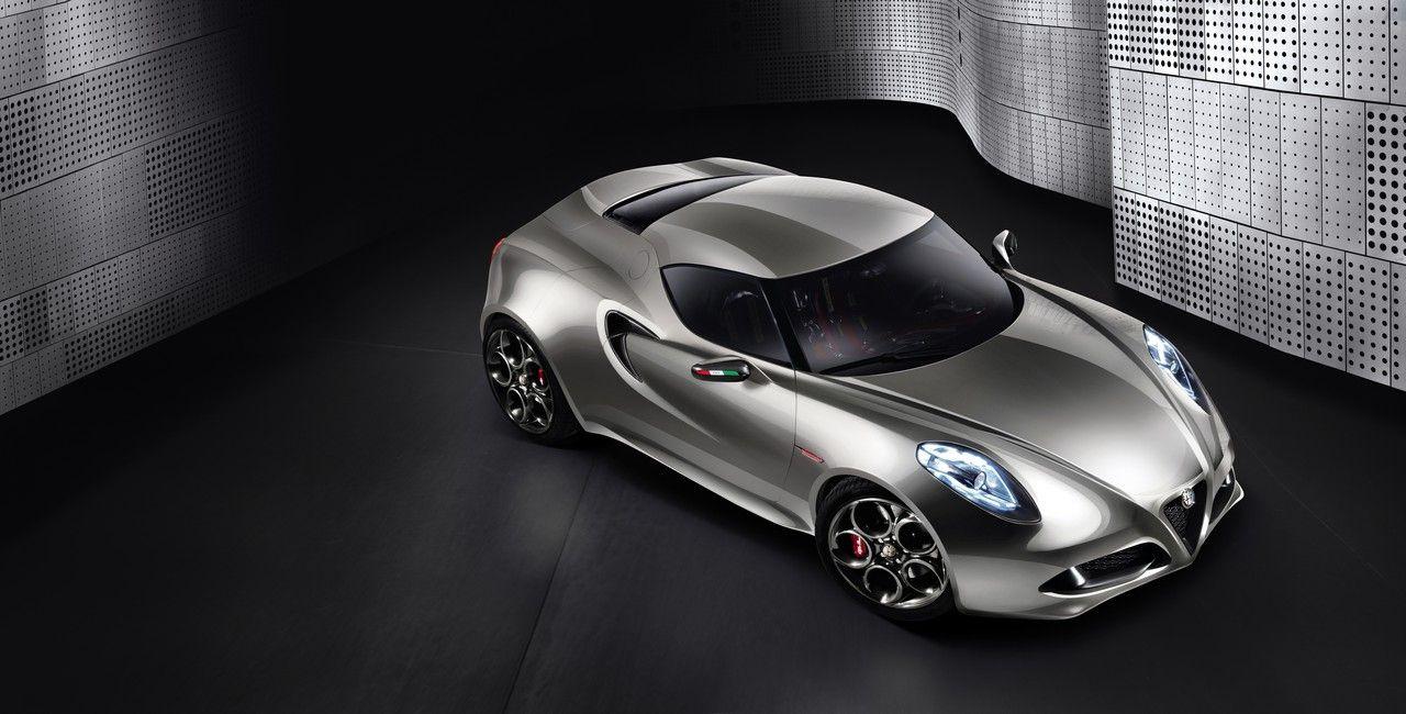 Nya bilder på Alfa Romeo 4C