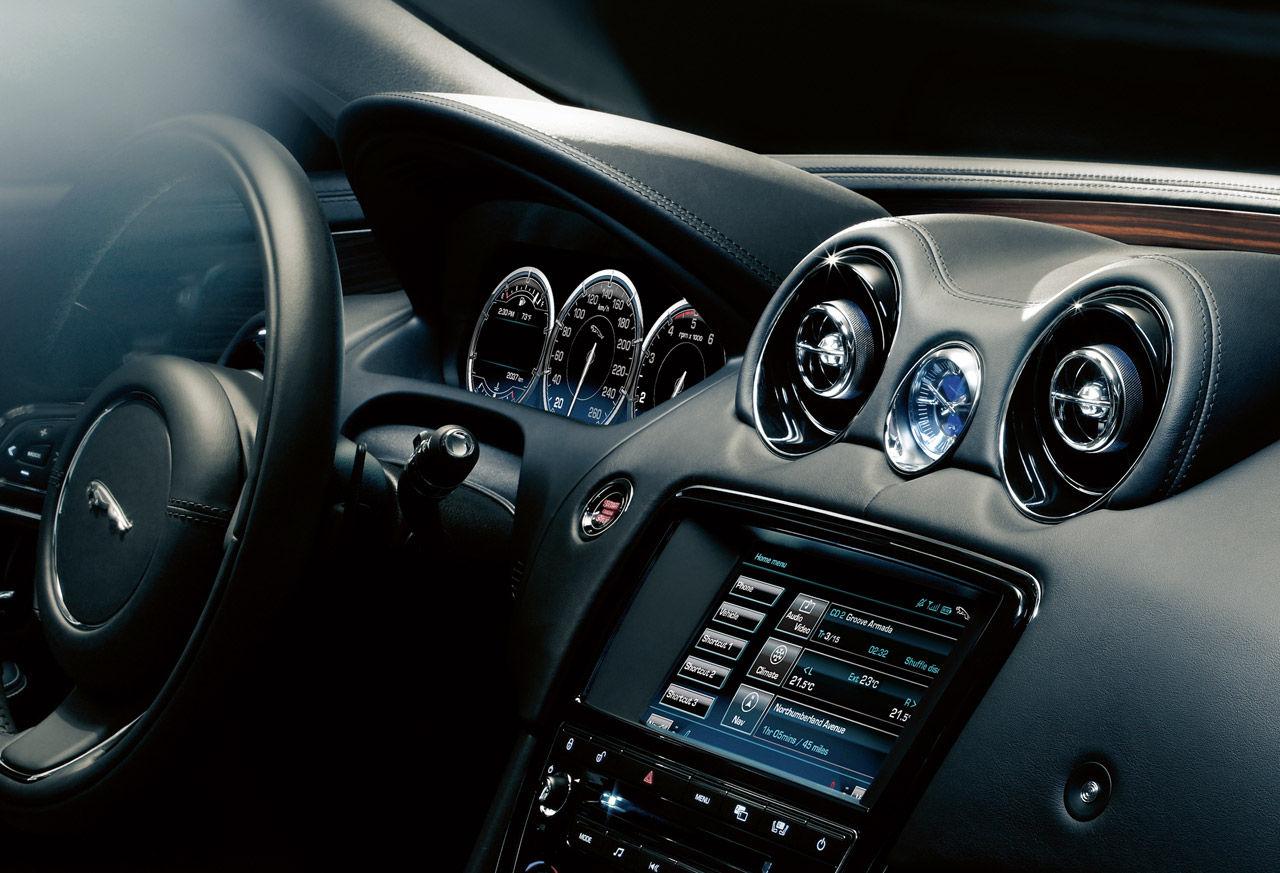 Hur mycket synlig teknik vill vi ha i våra bilar?
