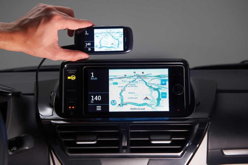 Spegla din smartphone till bilens skärm med Toyota Touch Life
