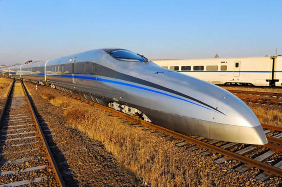 Kinas nya supertåg gör 500 km/h