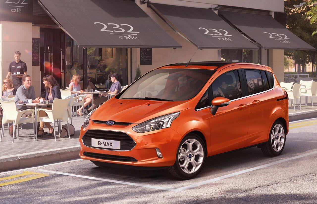 Ford visar upp den kompakta familjefraktaren B-Max