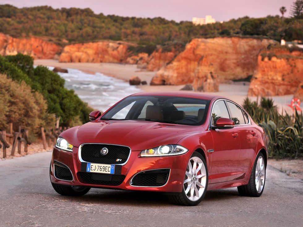Jaguar bygger XFR-S?