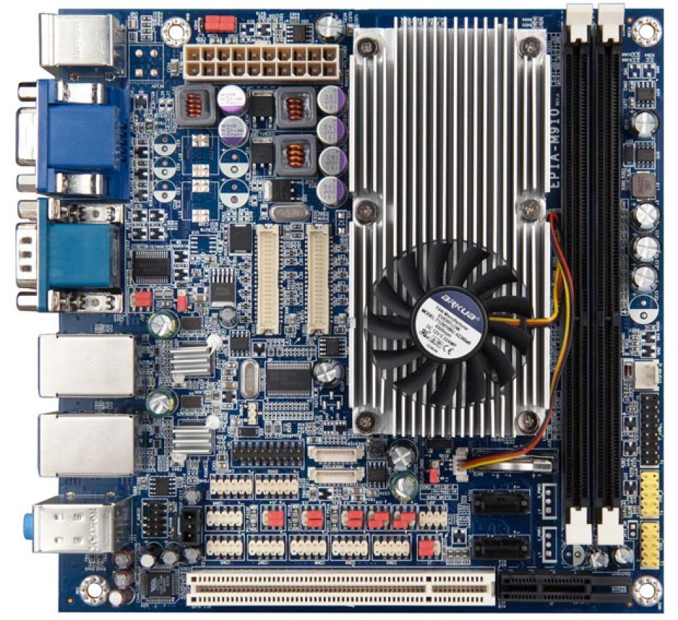 VIA släpper moderkort med QuadCore-processorn