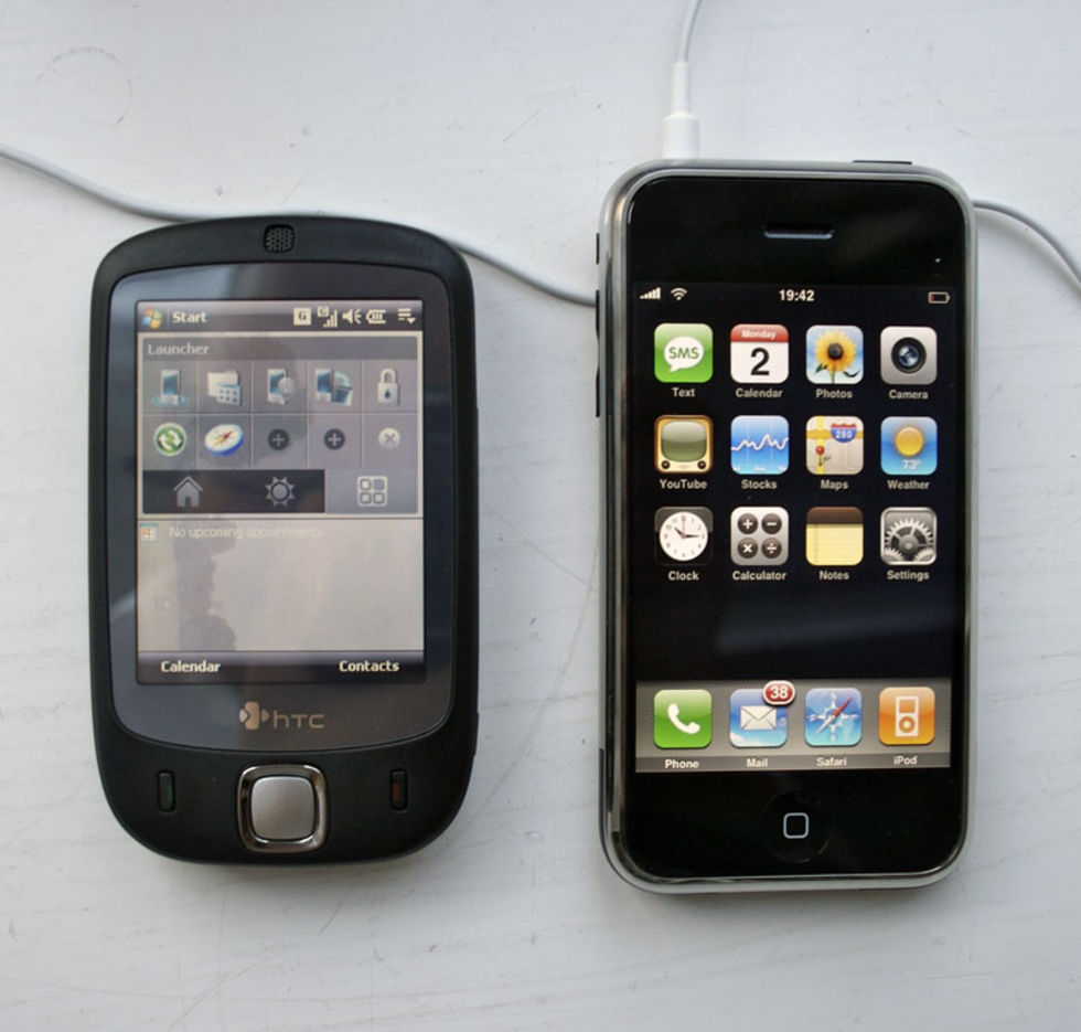 ce640e64cbfe iPhone vs HTC Touch. Vilken är er favorit? | Feber / Mac