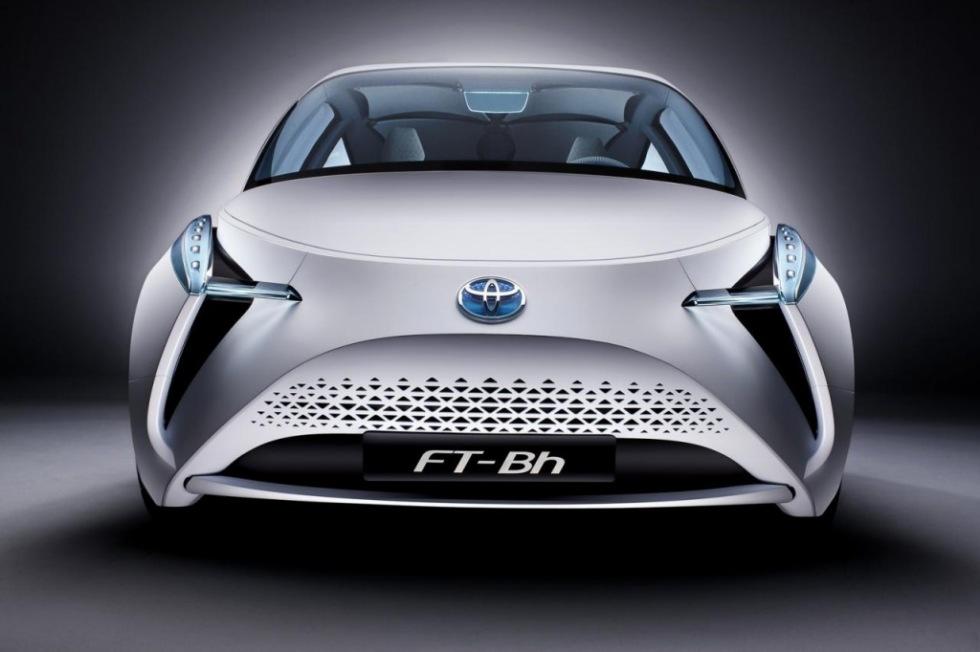 Toyota visar supersnåla konceptet FT-Bh
