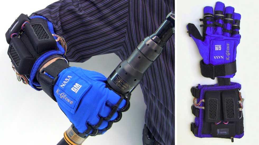 Robothand hjälper astronauter att mecka