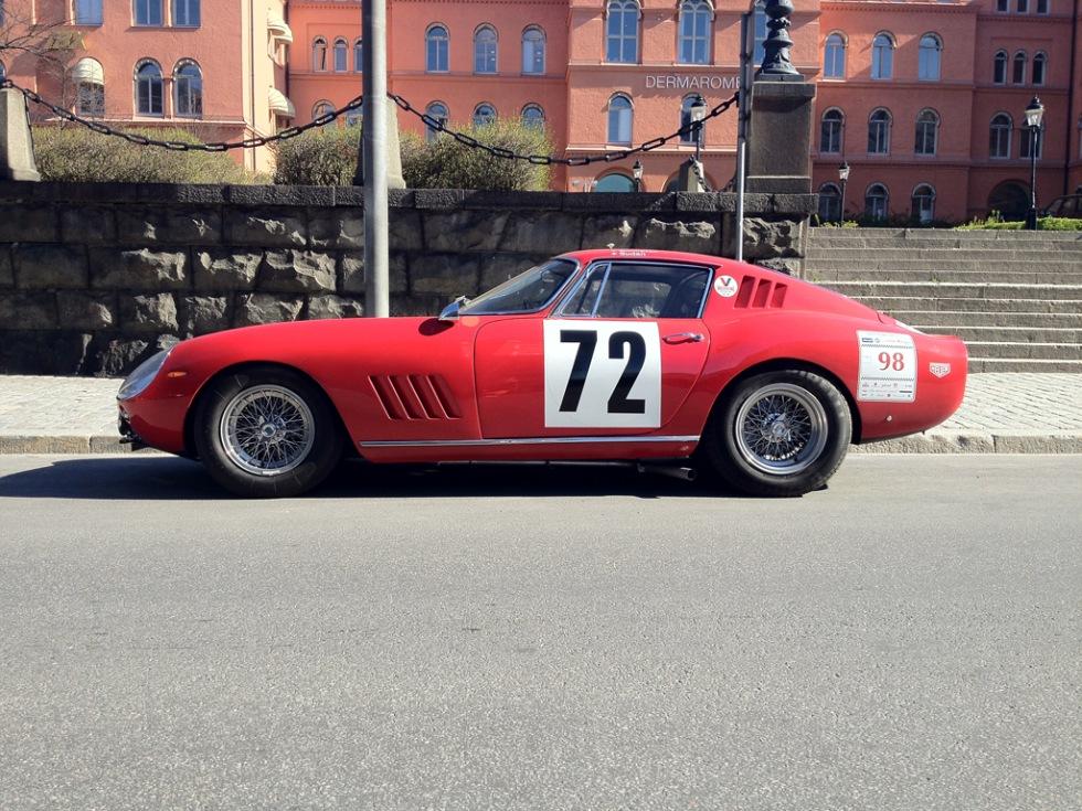 Ferrari 275 GTB och Mercedes 300 SL