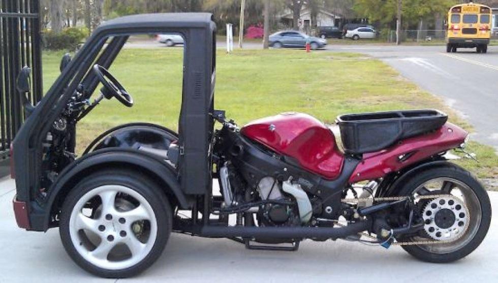 Suzuki Hayabusa med ratt och hytt