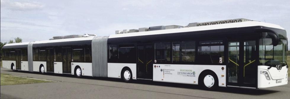 Världens längsta buss presenterad
