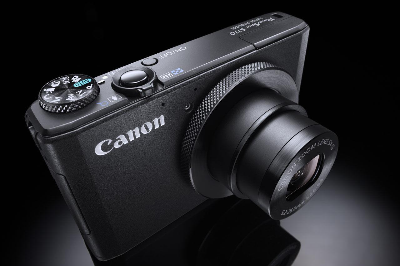 Ett gäng kompaktkameror från Canon