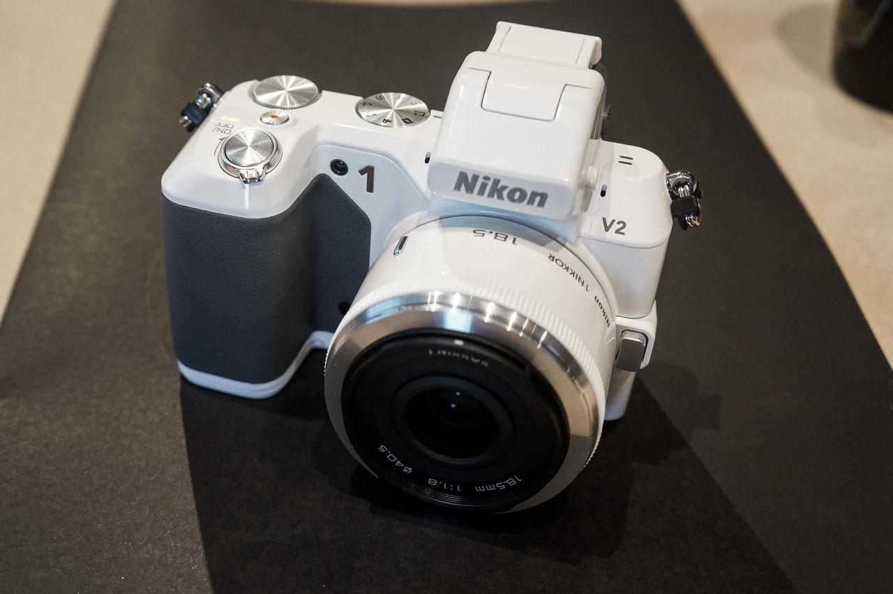 Nikon presenterar Nikon 1 V2