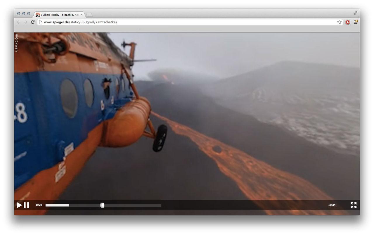 Häng med i helikopter ovanför de ryska vulkanerna