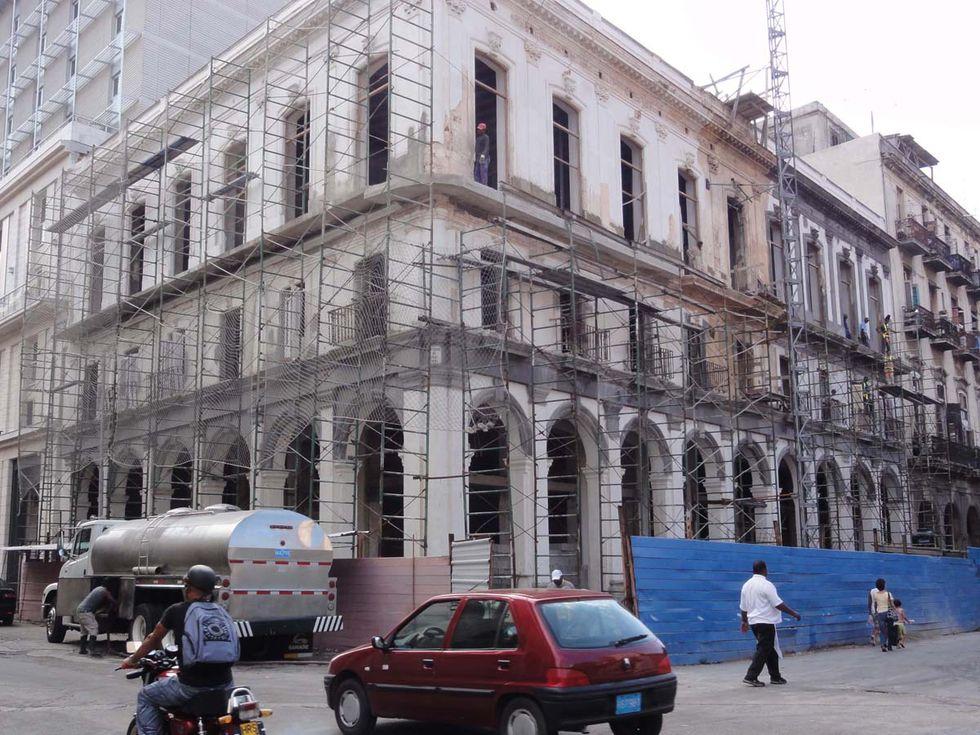 Legendarisk bar öppnar igen i Havanna
