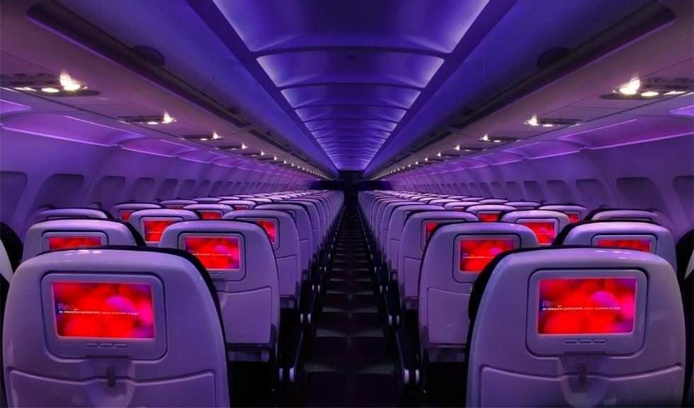 Ragga på flygplanet med Virgin America