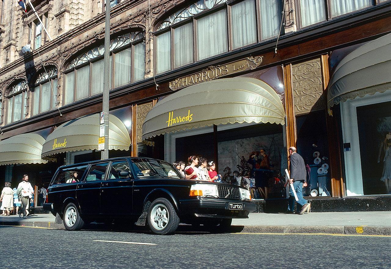 Idag är det 20 år sedan Volvo 240 lades ned