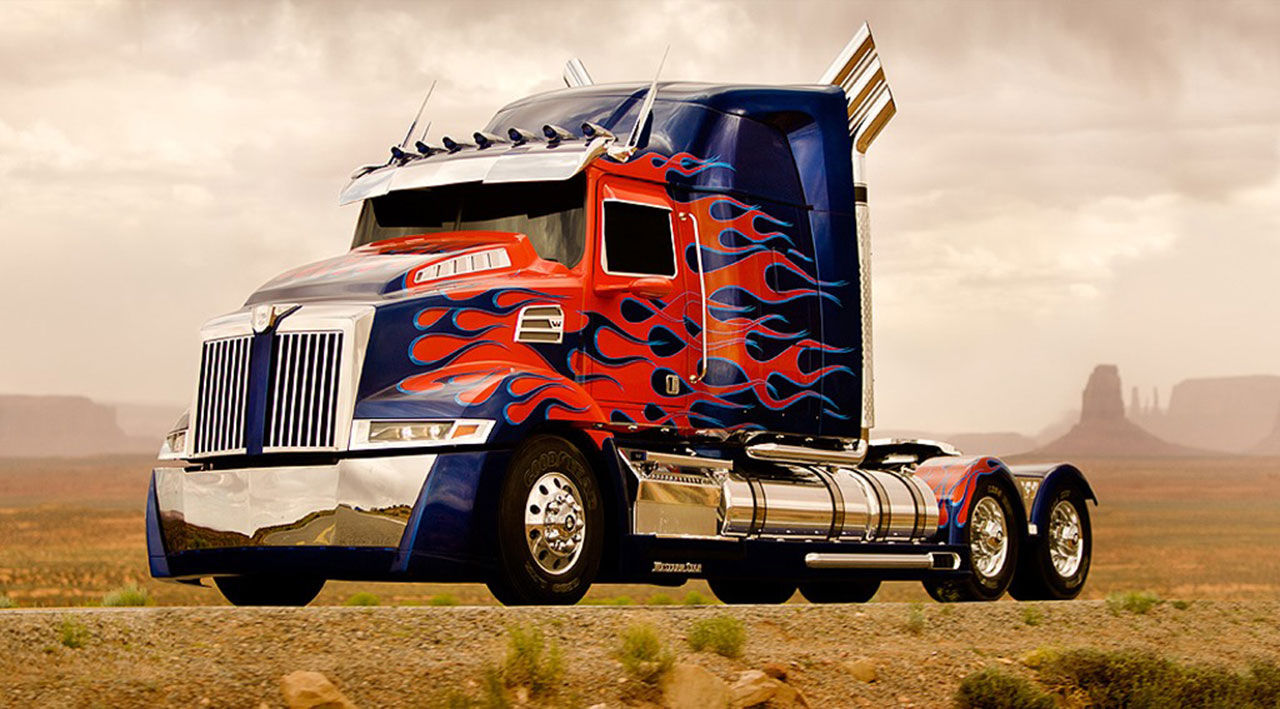 Två nya bilar i Transformers 4