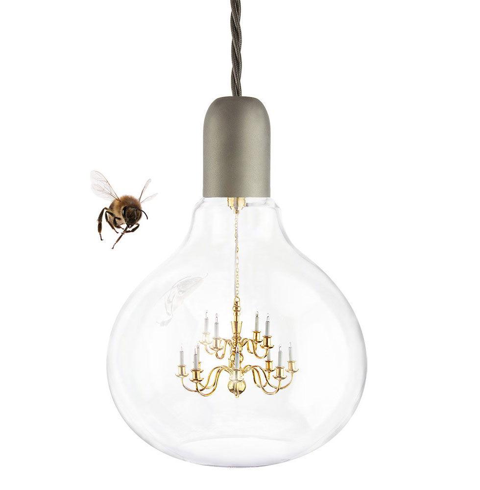 Glödlampa med kristallkrona i sig