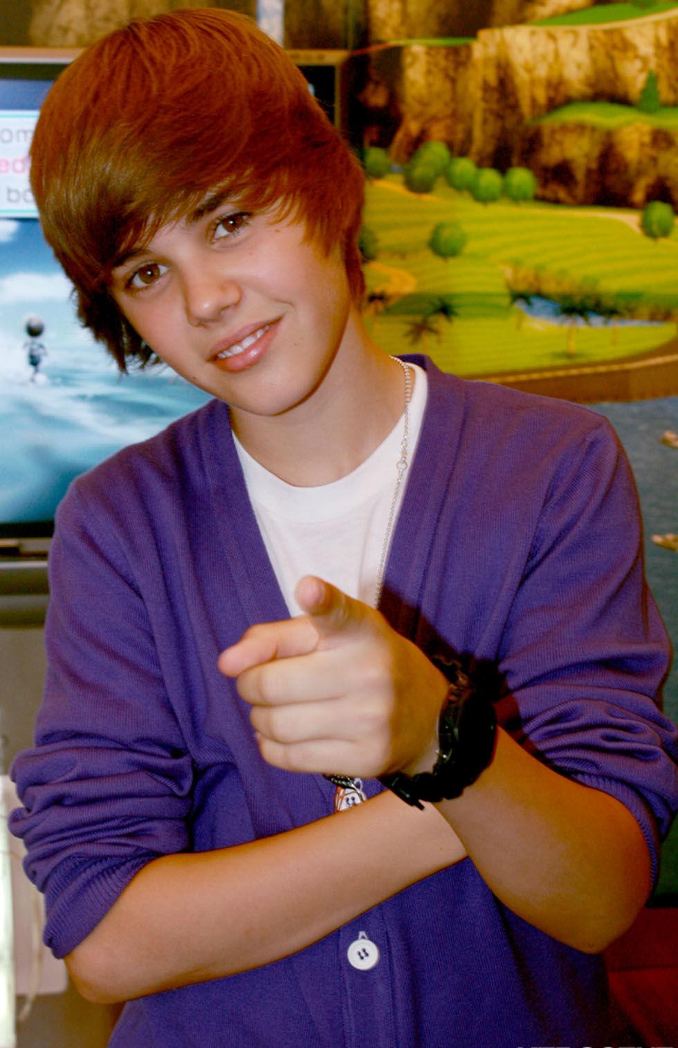 Justin Bieber snor fotografs minneskort