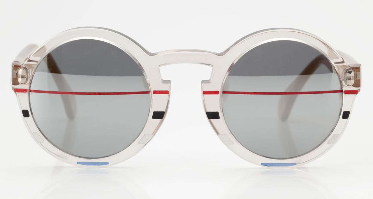 Sporty chic shades