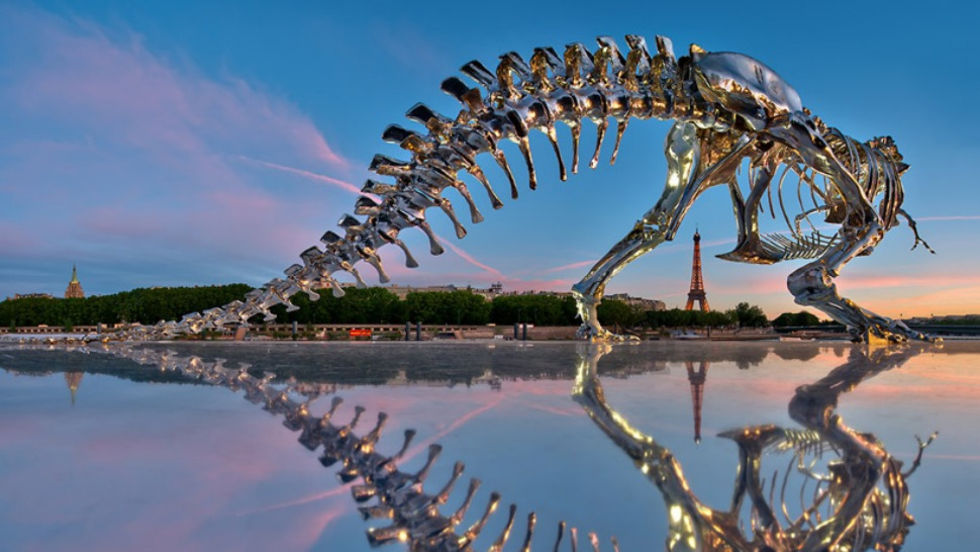 Cool Tyrannosaurus Rex-staty i Paris