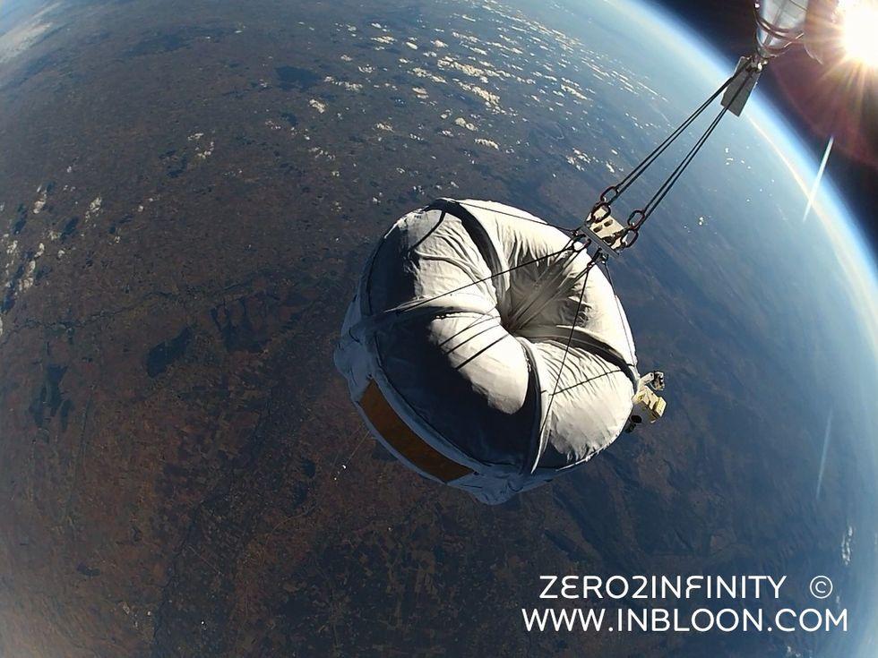 Åk ballong till rymden