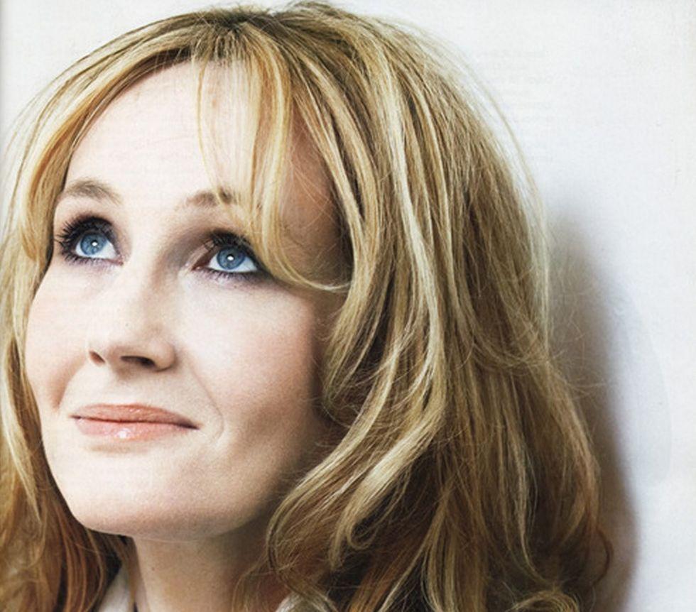 J. K. Rowling släppte bok under författarnamn