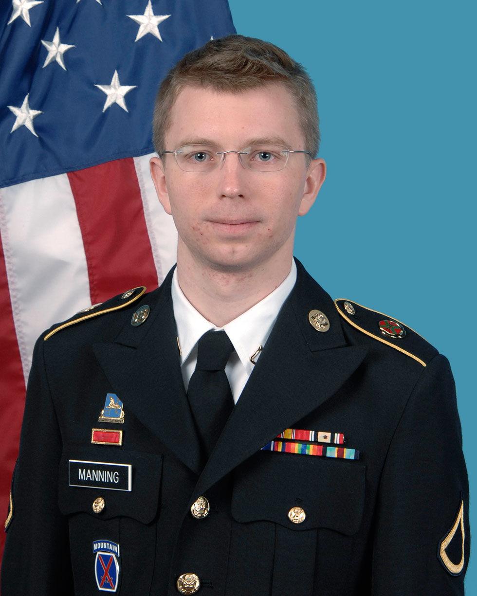Bradley Manning dömd på 20 åtalspunkter