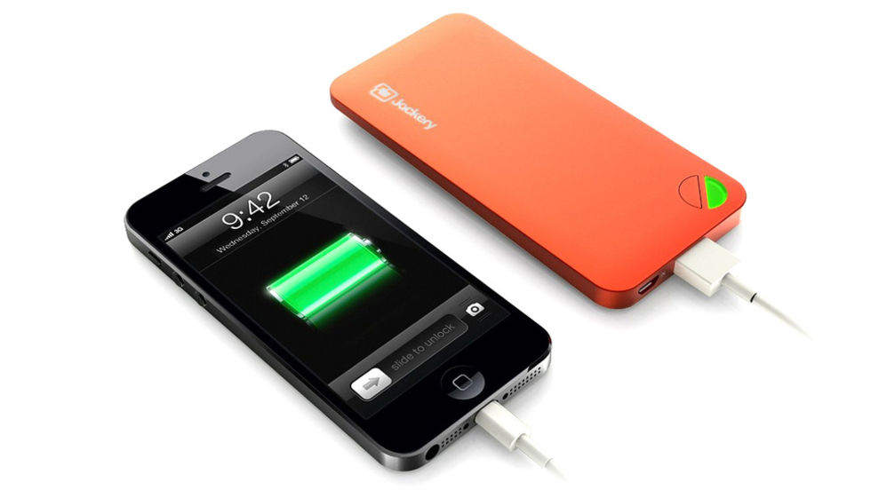 Portabelt batteri har formfaktor från iPhone 5