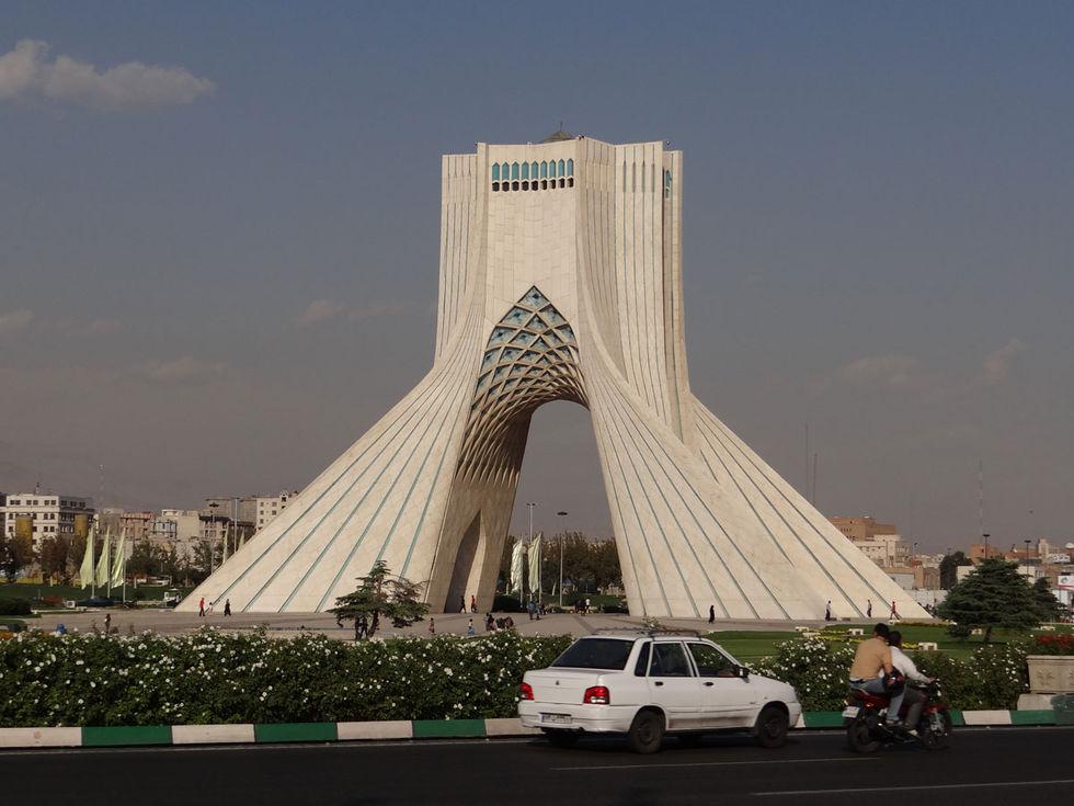 Facebook och Twitter inte längre blockerat i Iran
