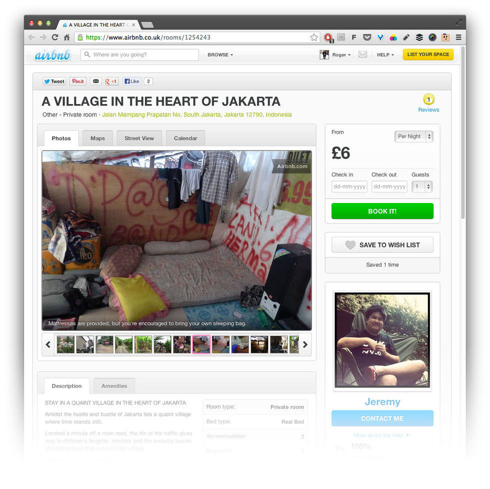 Bo i översvämmad by i Jakarta