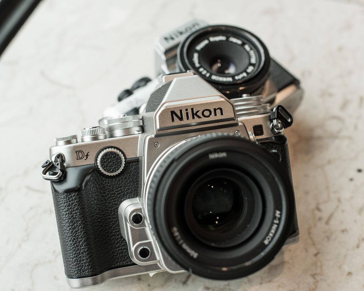 Nikon lanserar retrokamera