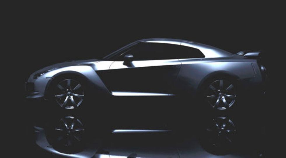 Den första officiella bilden på Nissan GT-R?