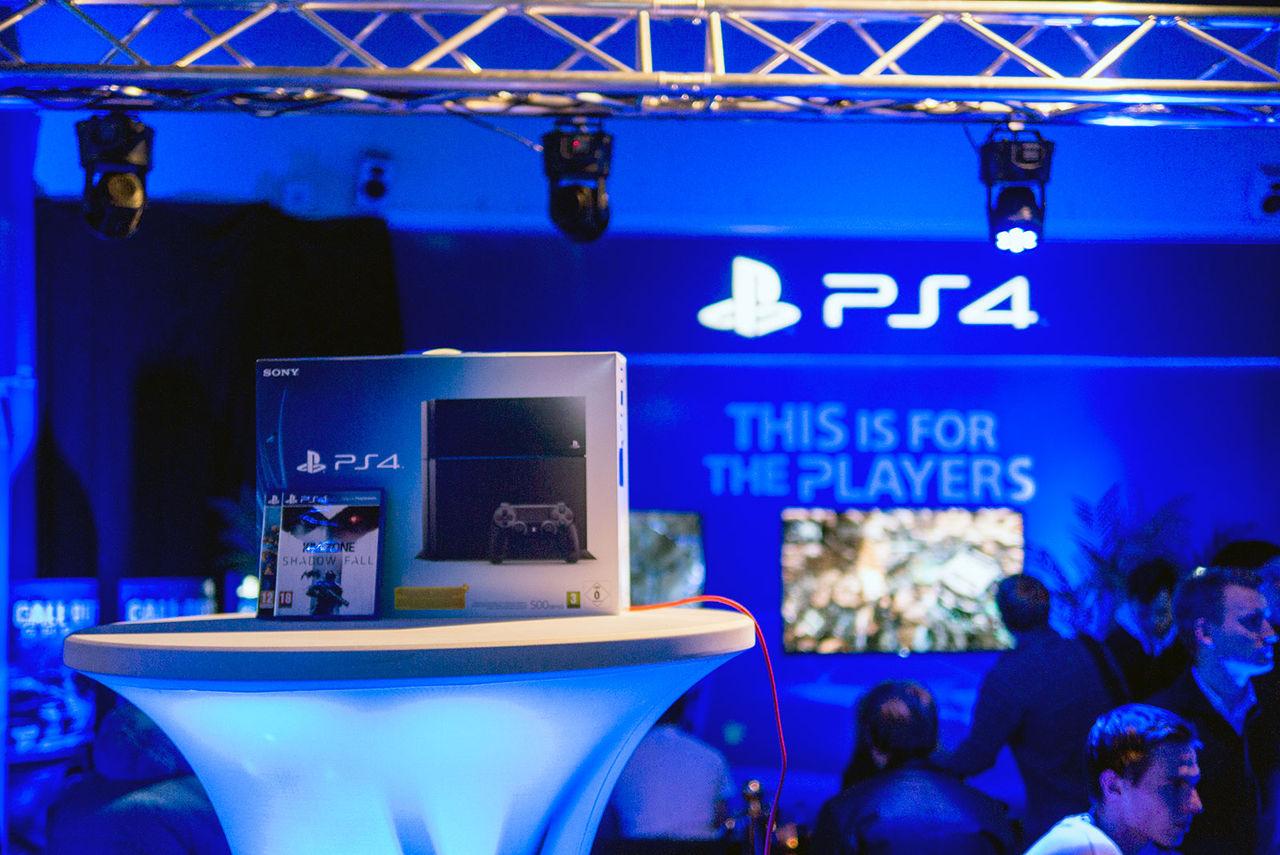 Årets julklapp är Playstation 4!