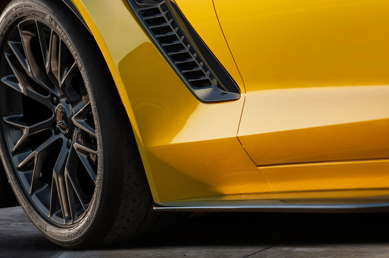 Chevrolet teasar nya Corvette Z06