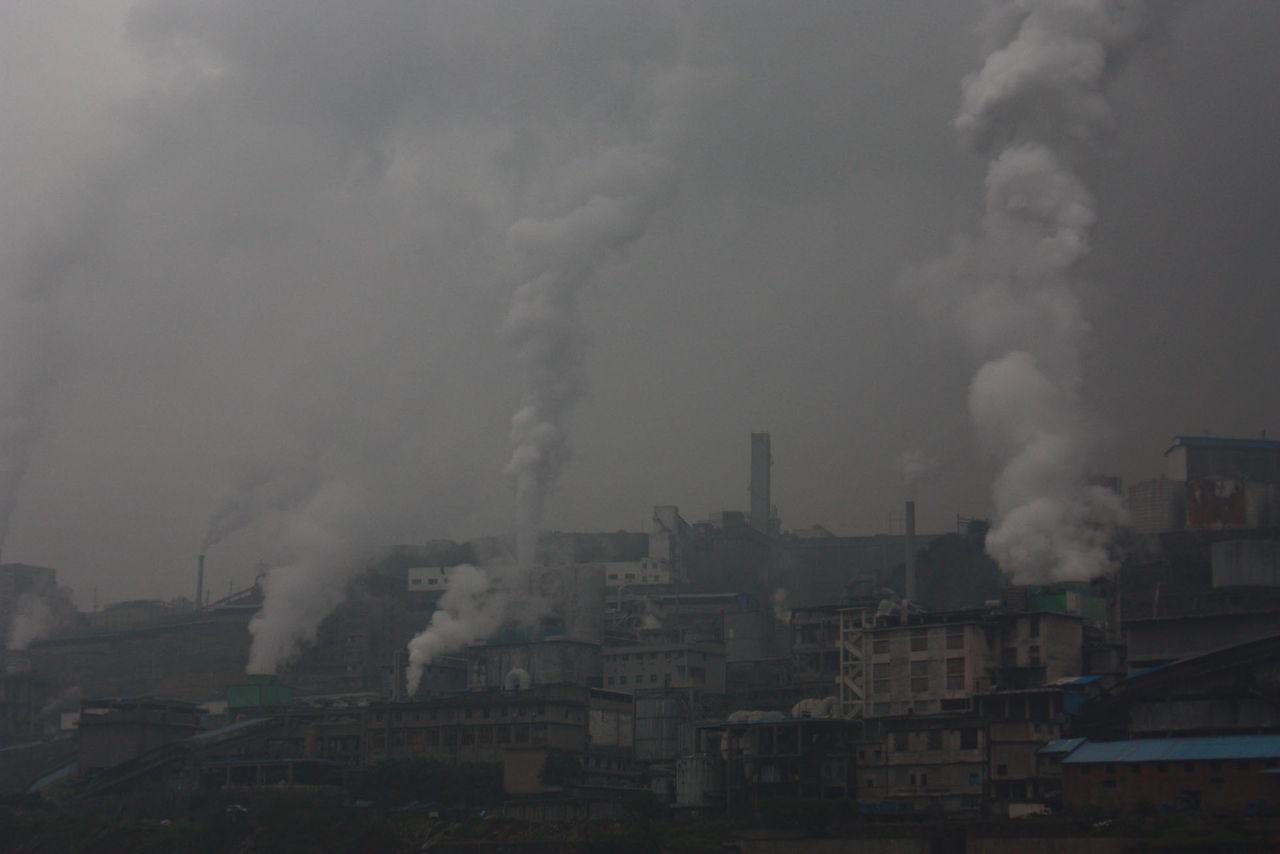 Kina vill bekämpa smog med konstgjort regn