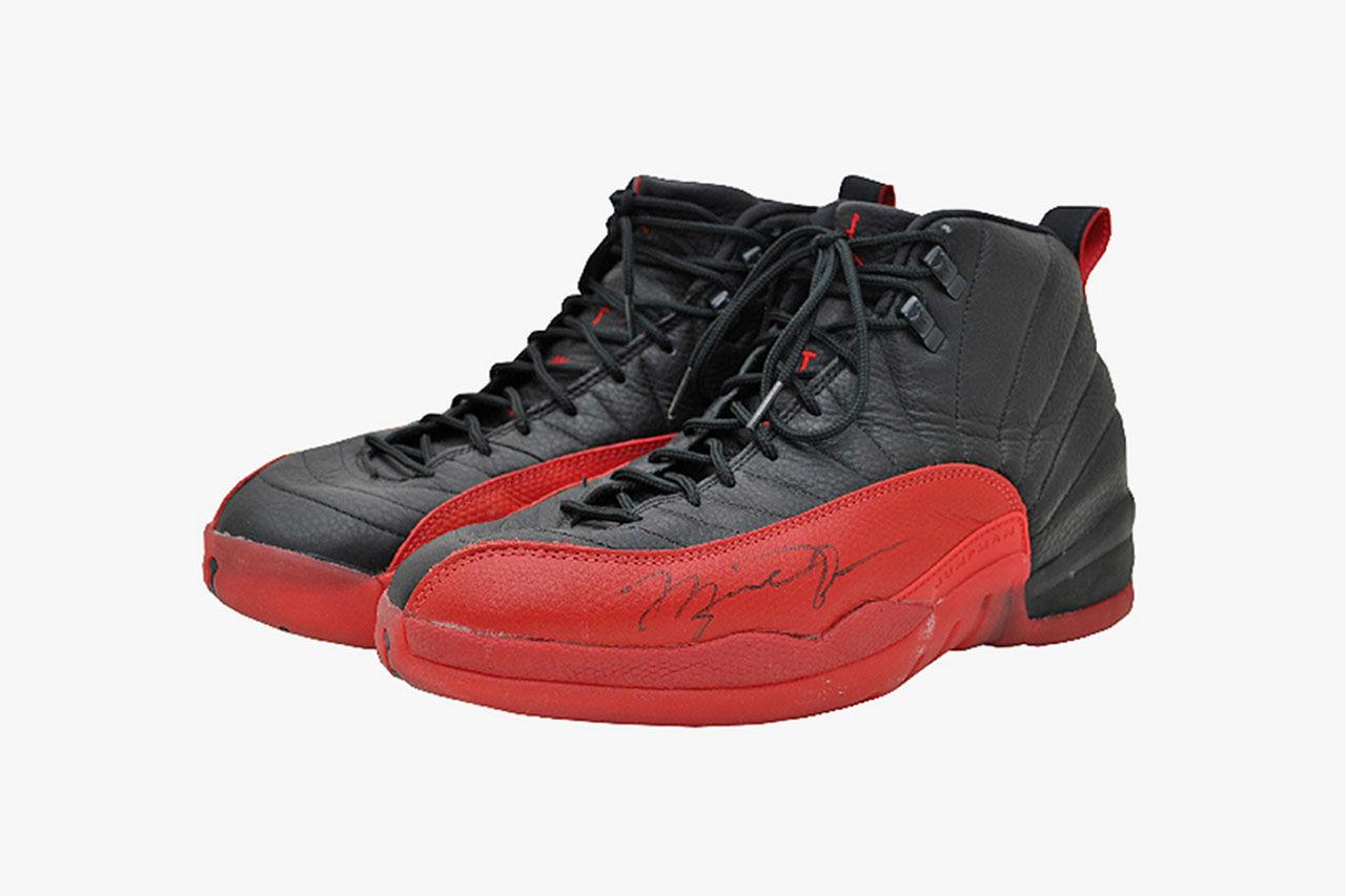 Jordans skor sålda för 104 000 dollar
