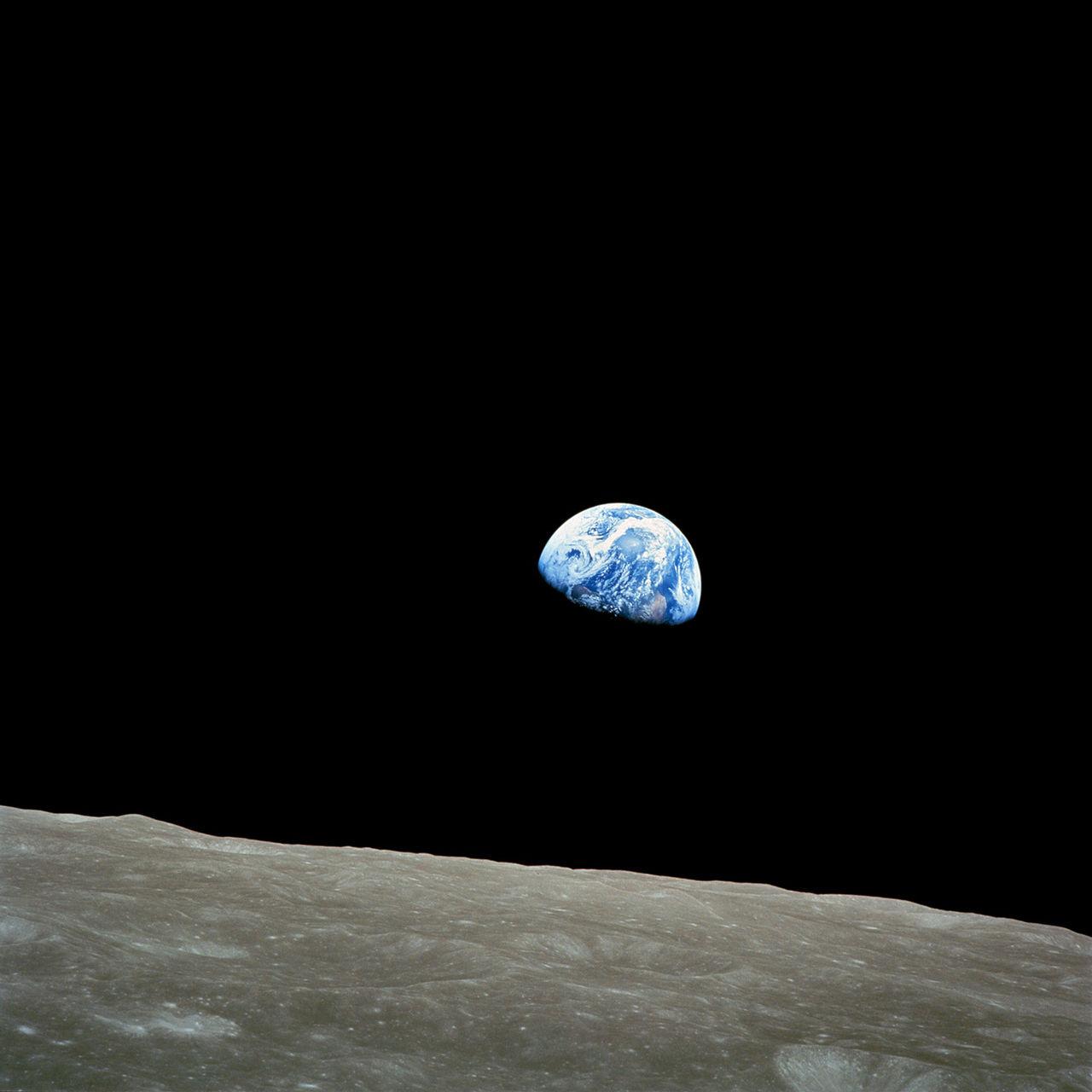 Tut i luren - 45 år sedan Earthrise-fotot togs